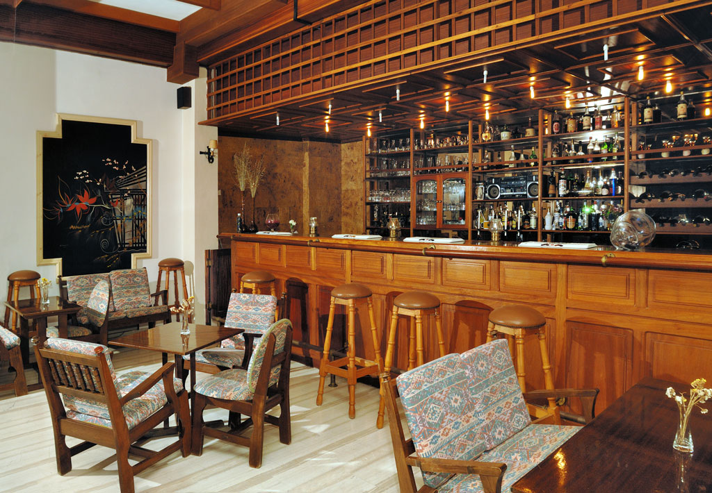 Mimoza Beach Resort   Bar